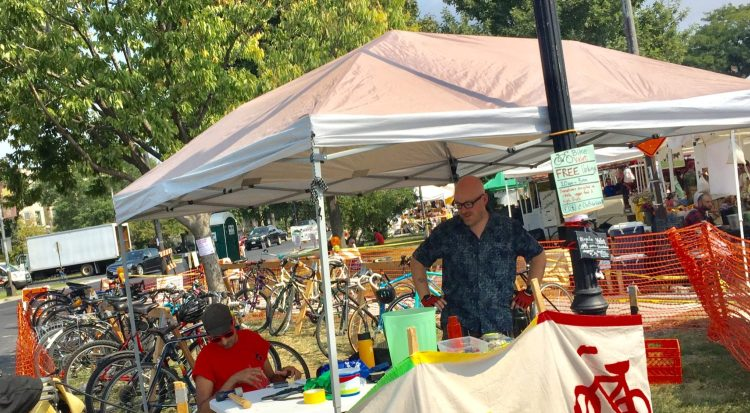 Logan Square Bike Valet Offers Free Bicycle Parking at the Farmers Market