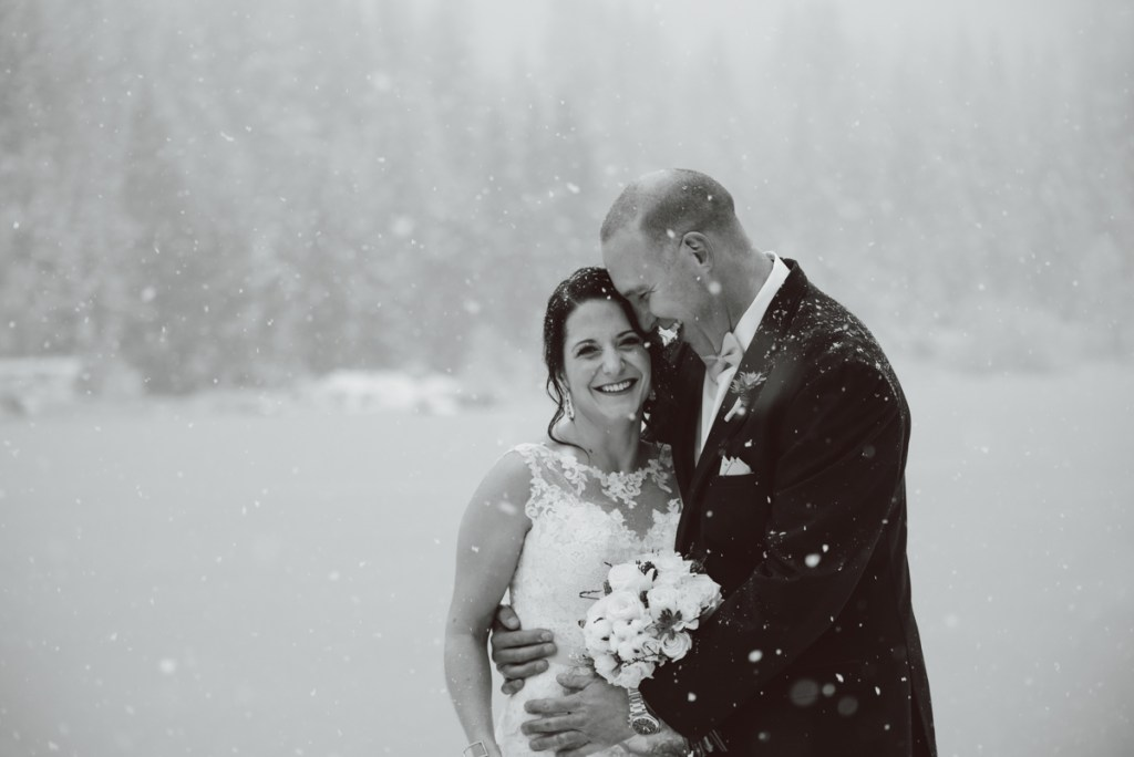 winter-wedding-whistler-nitalake_LS011