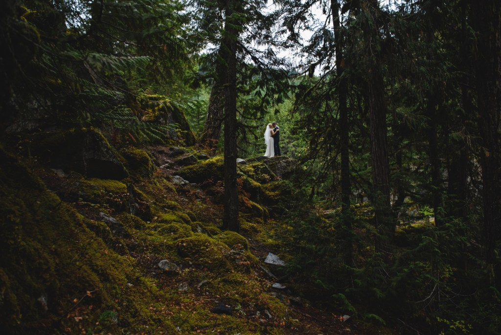 whistler-wedding-photography-fall-colors_LS