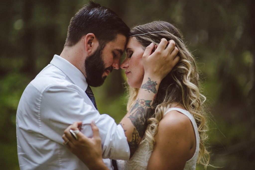 whistler-wedding-photography-tattoo-hands_LS