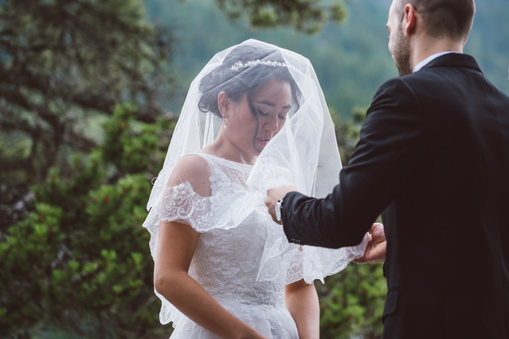whistler-wedding-photography-viel-reveal_LS
