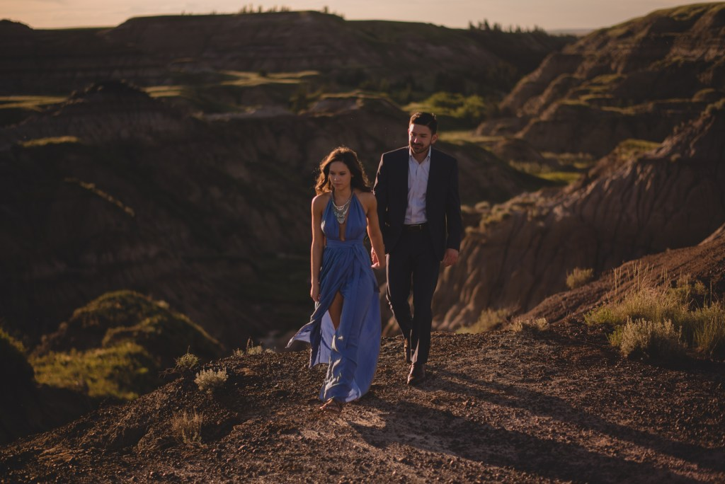 drumheller-engagement-couple-formal