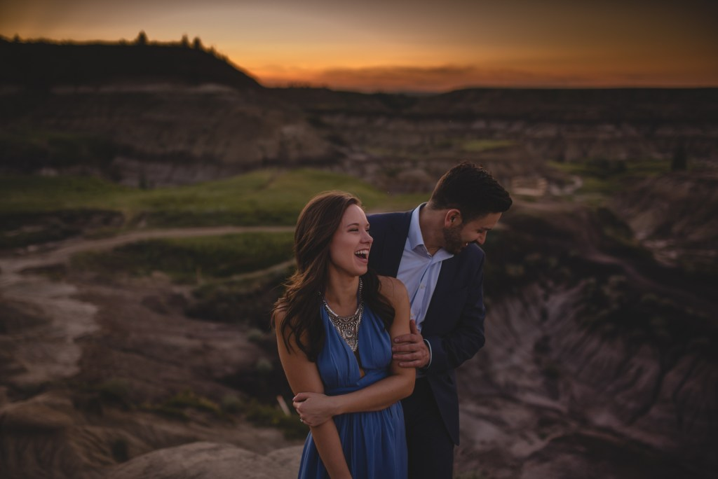 drumheller-engagement-laugh