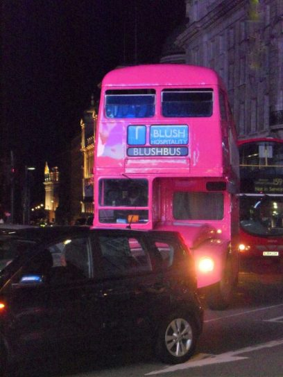 Pinker Party Bus