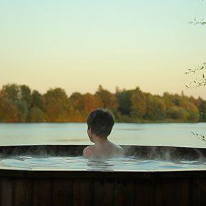 hot-tub-holiday-UK