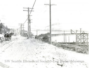 Avalon Way, looking north toward what is now Harbor Avenue.