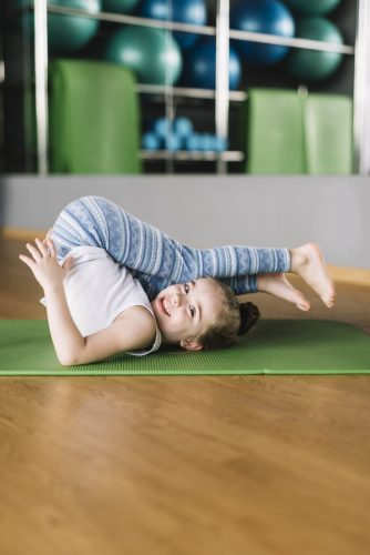 children yoga, barnyoga, family yoga, familjeyoga