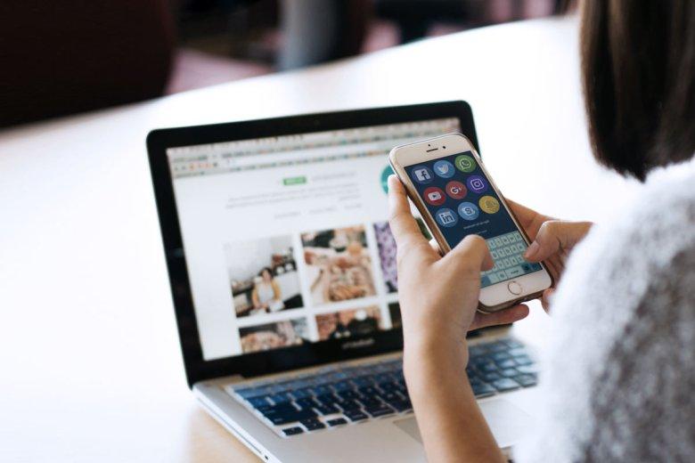 quanto-costa-la-gestione-delle-pagine-social-logositalia