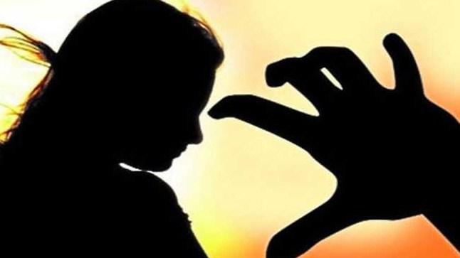 সাতকানিয়ায় স্কুল ছাত্রীকে ধর্ষণের অভিযোগ : ধর্ষক গ্রেফতার