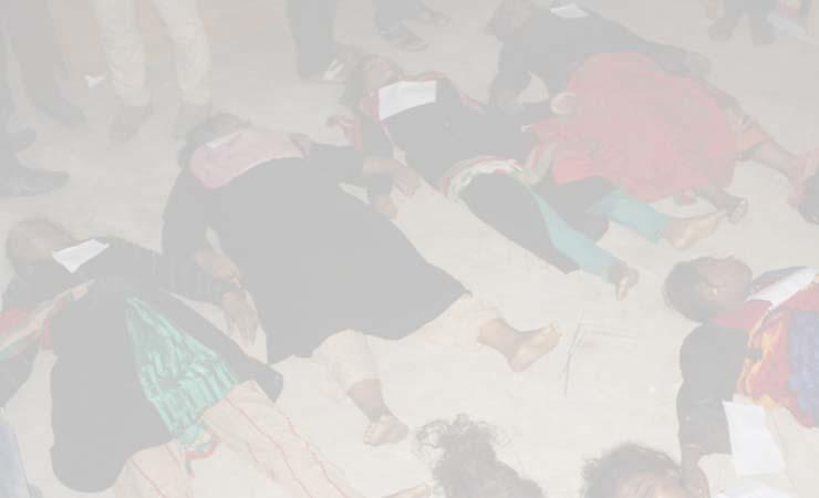 লোহাগাড়ার ৪ জন সাতকানিয়ায় পদদলিত হয়ে নিহত