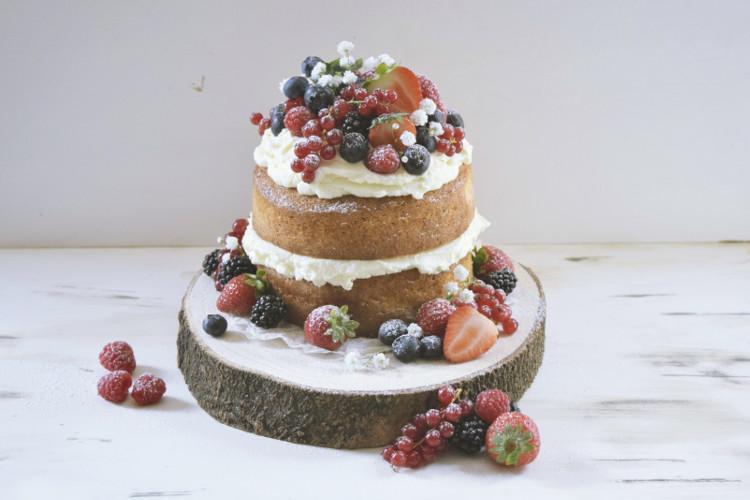 Naked Cake de Frutos Rojos y Crema Mascarpone