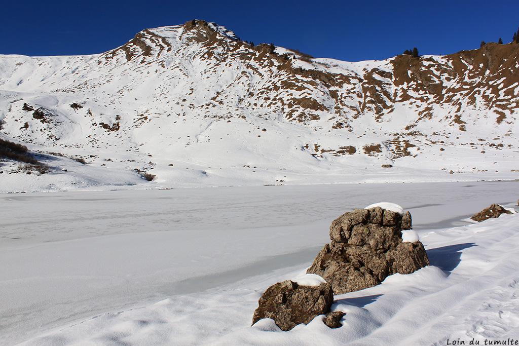 Loin du tumulte, lac hiver