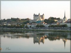The Loire City of Saumur (25 minutes away)