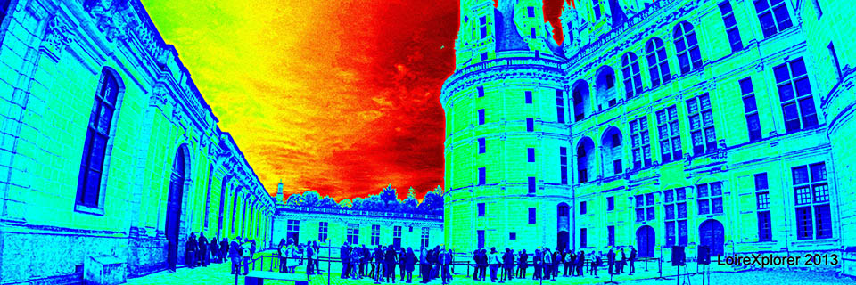 Nuit insolite de Chambord : Un château historique devient avant-gardiste