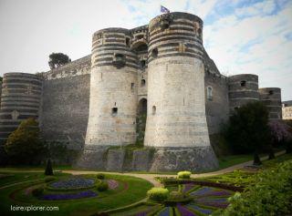 château d'Anger invasions vikings sur la Loire barbares