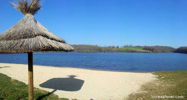 point d'intérêt lieu insolite dans le Cher curiosité lac de Sidiailles