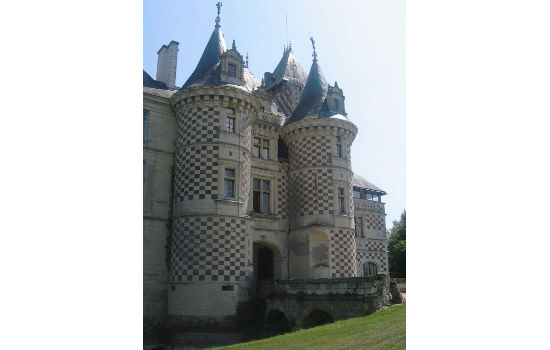 Château des Réaux châteaux qui se visitent région centre jardin parc