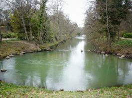 Le Loiret rivière source bouillon Parc floral de la Source Orléans