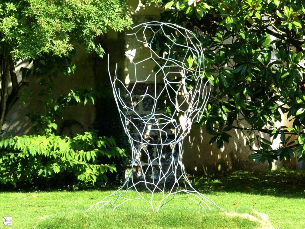 La 5e Biennale de Sologne ou quand les doutes deviennent forme et sculpture monumentale - ARTRIMOINE