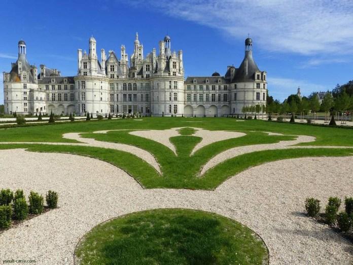 Jardins à la française à Chambord copyright Yseult Carré visite chateau chambord
