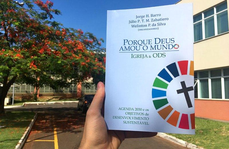 Livro é lançado no Palácio do Planalto