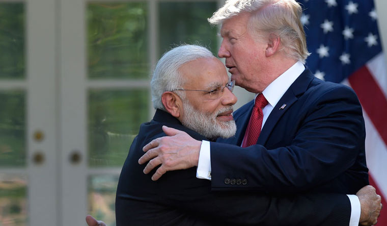 India Packs Up on Iran Under US Pressure