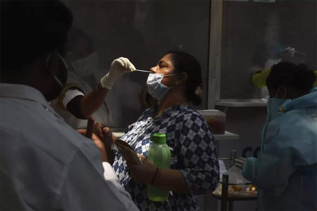 Coronavirus In Uttar Pradesh: यूपी में कोरोना से 352 मरीजों की मौत, नए केस घटे, 38683 हुए ठीक