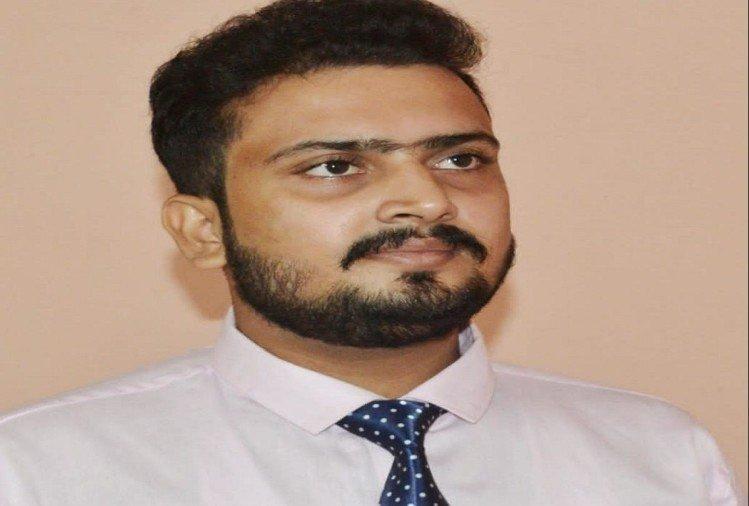 Prayagraj News :  मयंक मिश्र।