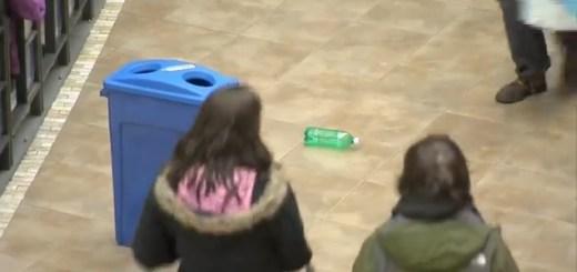 Se visses uma garrafa no chão que fazias