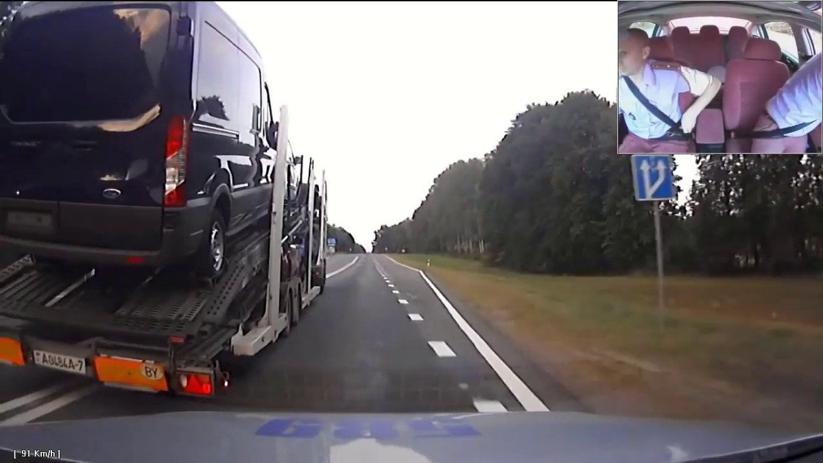 Perseguição louca da policia a um camião