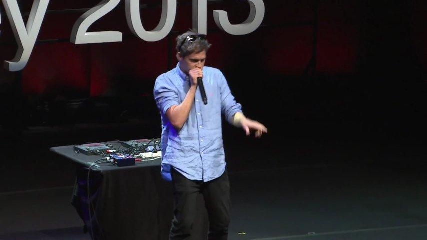 Jovem mostra as sua habilidade de beatboxing TEDxSydney