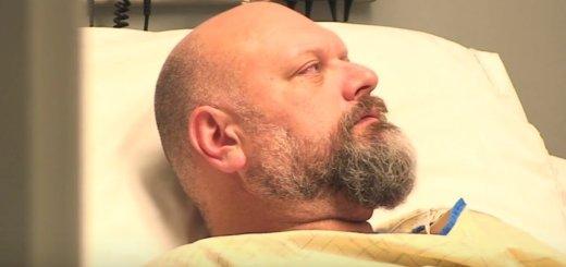 Amigos fazem homem acreditar que esteve em coma