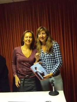 Con María Dueñas, 2010