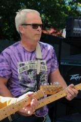 Tony Vani's guitarist