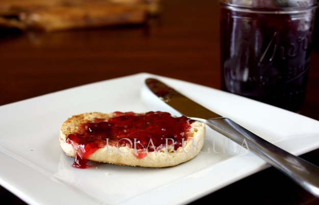 homemade grape jelly recipe lola rugula