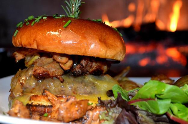 greenfire restaurant rockford il elk slider