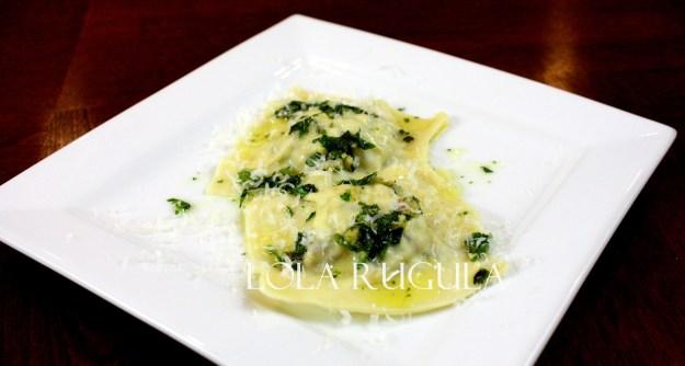homemade-mushroom-ravioli-filling-recipe-lola-rugula