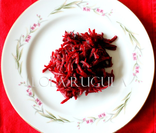 raw-food-beet-and-carrot-salad-slaw-recipe-lola-rugula
