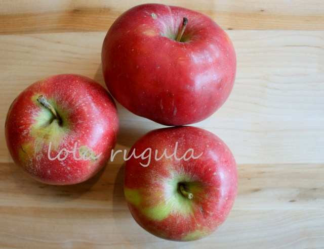 lola-rugula-homemade-microwave-applesauce-recipe