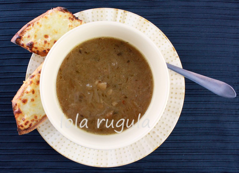 lola rugula french onion soup