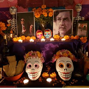 Ofrenda dedicada a Francisco Toledo y a Fernando del Paso
