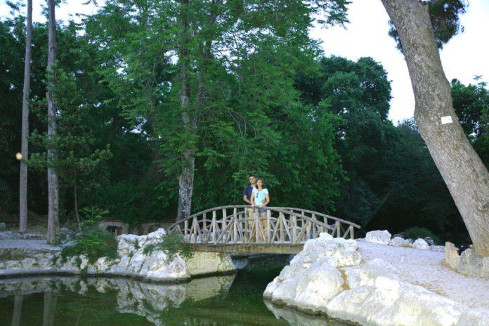 Ponte do Jardim Nacional de Atenas - Grécia
