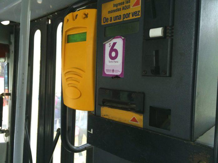 Máquina de cobrança de passagens dos ônibus de Mendoza