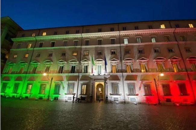 palazzo-Chigi-tricolore-lolli-group
