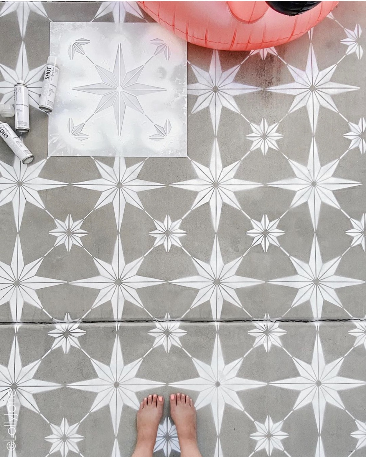 to stencil concrete with spray paint