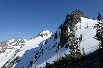 Look out at Mt. Reagan & Alpine Summit above sawtooth lake