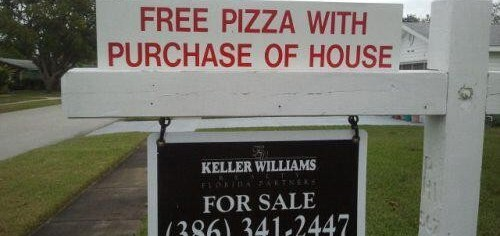 Free Pizza & House Sign