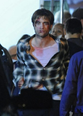robert-pattinson-01-2009-06-24.jpg