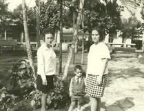 con Jesús 3 años y Leonor Bezanilla