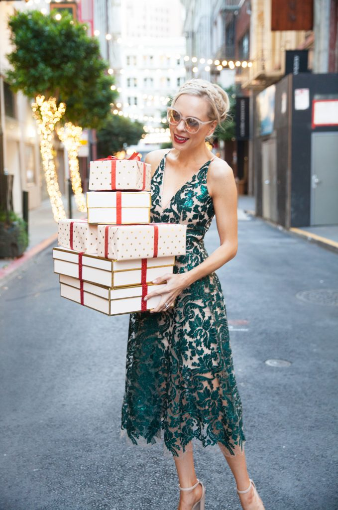 the ultimate holiday dress guide you need to find the perfect glitzy dress for all of your events. Emerald Sequins and glam